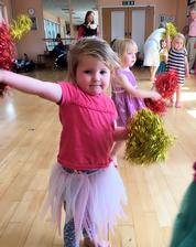 Mother, Toddler and baby creative dance and movement class in cambridge and cambridgeshire